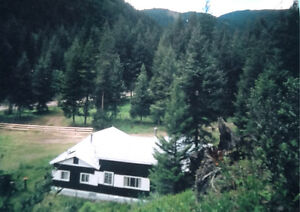Beautiful Mountain Cabin for Sale 2 1/2 hrs from Whistler