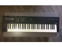 ROLAND JV-30 16 PART TIMBRAL SYNTHESIZER KEYBOARD