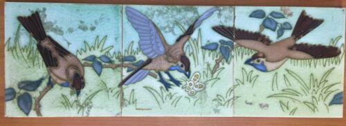 Rare tubelined c1900 hemiksem gilliot belgium art nouveau three tile bird set