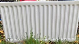 Double convector radiator, width 95cm, height 53cm