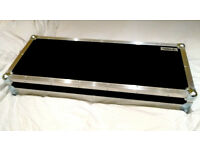 Swan Flight flightcase pedalboard (pedal board), power supplies, leads