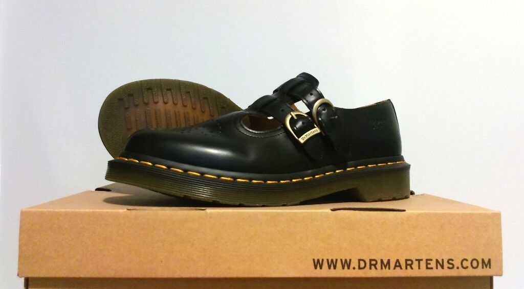 beac0befa0 Dr Martens Adult Polley Shoe Black, Yellow Stitch, Single buckle shoe, UK 6
