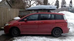 FOR RENT: Rooftop Cargo Carrier