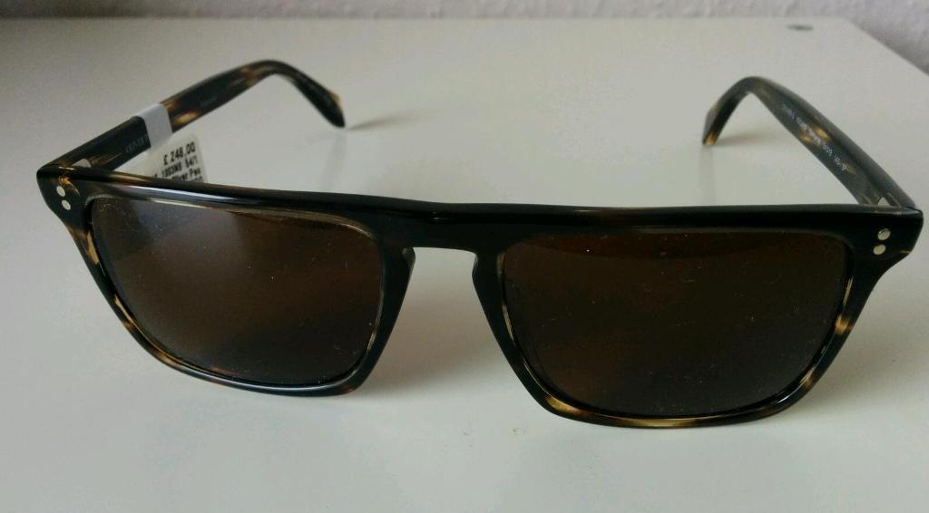 8514386e657 100% authentic Oliver Peoples Bernardo 5189-S tortoise brown polarized  sunglasses. Size 54•18.