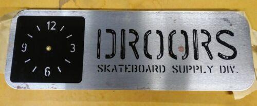DROORS clothing metal clock - NEW!