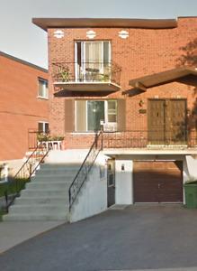4 ½ RÉNOVÉ Haut à Louer - Rue Payant (H8R 3Y9), Lasalle