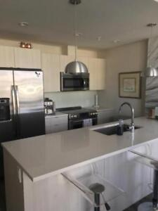 STUNNING HARBOUR VIEW 2BR!! KINGS WHARF DOWNTOWN DARTMOUTH!!