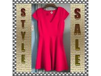 STYLISH LOVELY FITTED DRESS FASHIONABLE Only £9.99