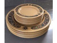 KILN CRAFT RETRO TABLEWARE 6 DINNER & 6 SIDE PLATES