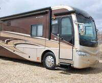 Snow Bird Special Luxury Motorhome-Must sell or move to storage