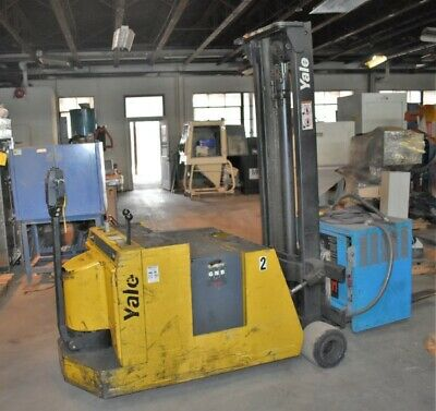 3000 Lb Yale Counterbalanced Mcw030lcn24tv083 Electric Pallet Stacker - 28617