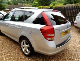 KIA CEED 2010,DIESEL. 2 FORMER KEEPER. VERY RELIABLE AND ECONOMICAL.