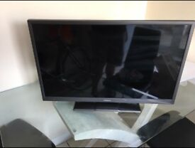 "Hitachi 32"" LED TV"