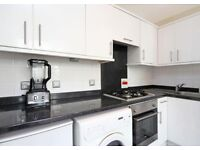 ***BRIGHT SPECIOUS 1 BEDROOM FLAT IN BAYSWATER***