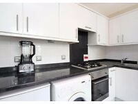 MUST SEE! SPECIOUS 1 BEDROOM FLAT IN **BAYSWATER**