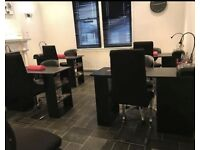 Nail desk to rent £20pd 20% discount for the first 3 months