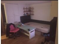 Single room available around Dalston £85pw