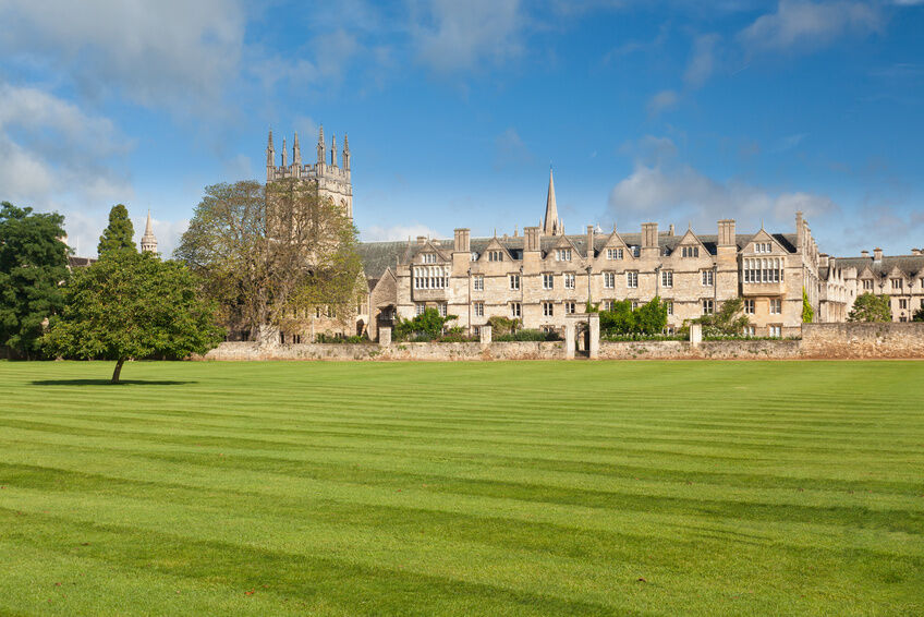 Your Guide to Buying Vintage Oxford University Clothing