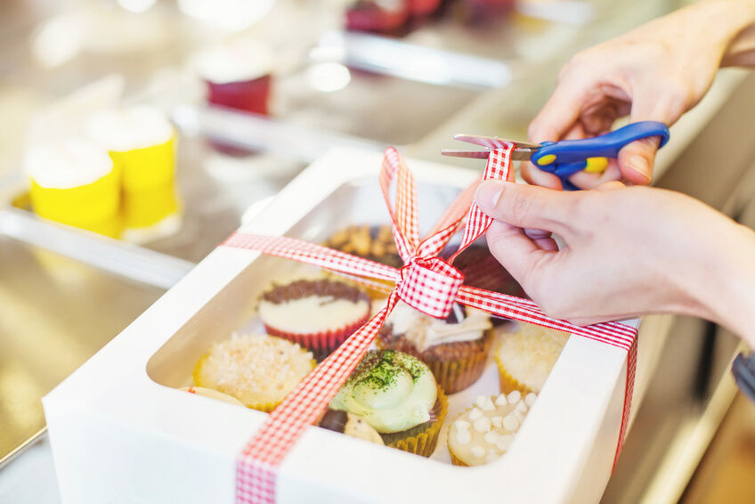 How to Use Christmas Ribbon for Creative Packaging