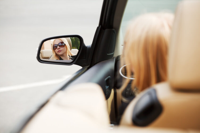 Considerations When Buying a Car Mirror Kit