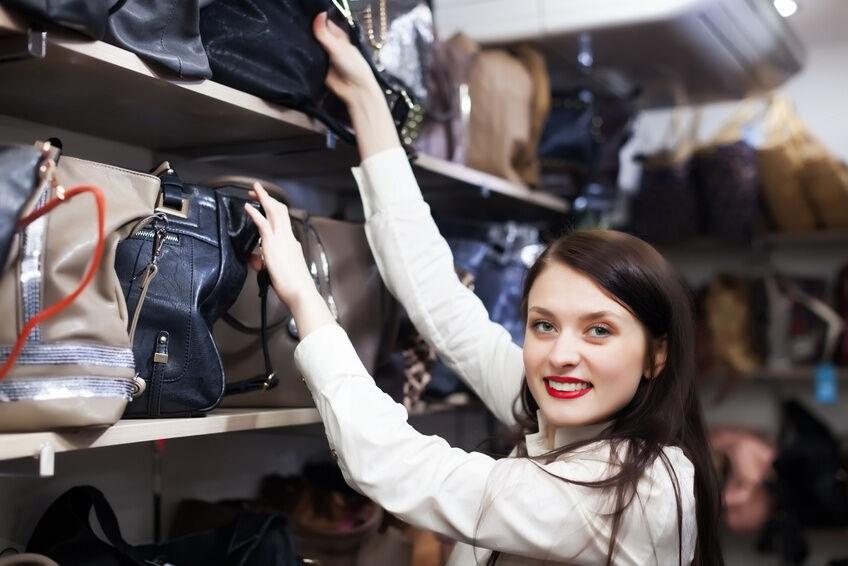 Your Guide to Buying an Aquascutum Bag for Women