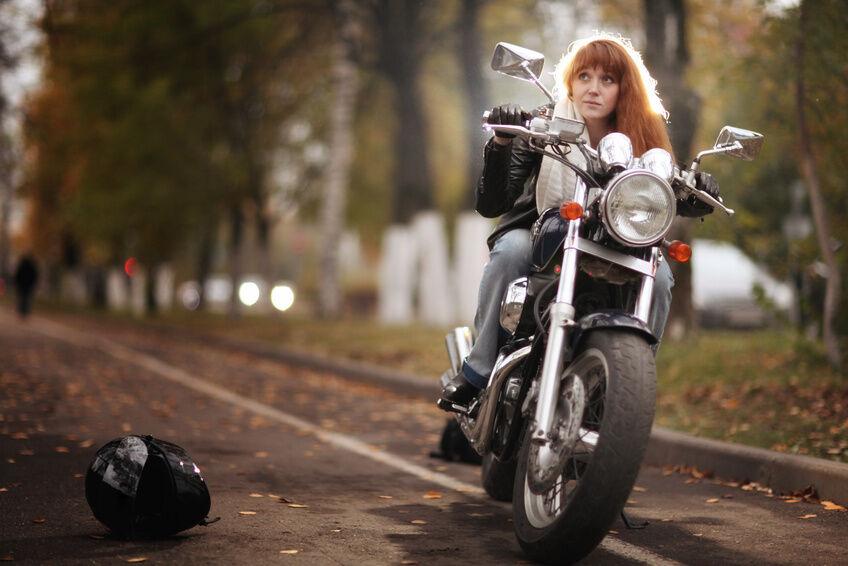Was macht Motorradkleidung von Alpinestars aus?