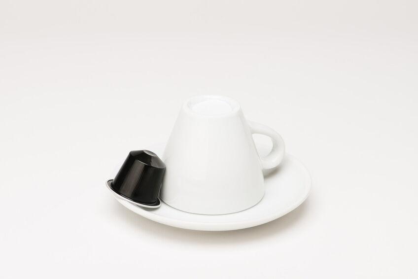 umweltfreundlich genie en mit nachf llbaren nespresso. Black Bedroom Furniture Sets. Home Design Ideas