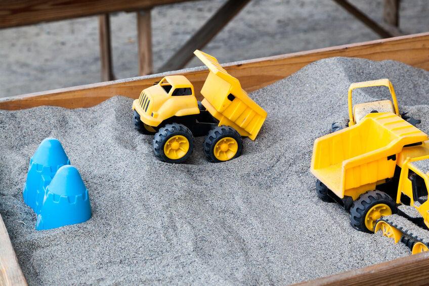 Spielzeug-LKWs speziell für Kleinkinder