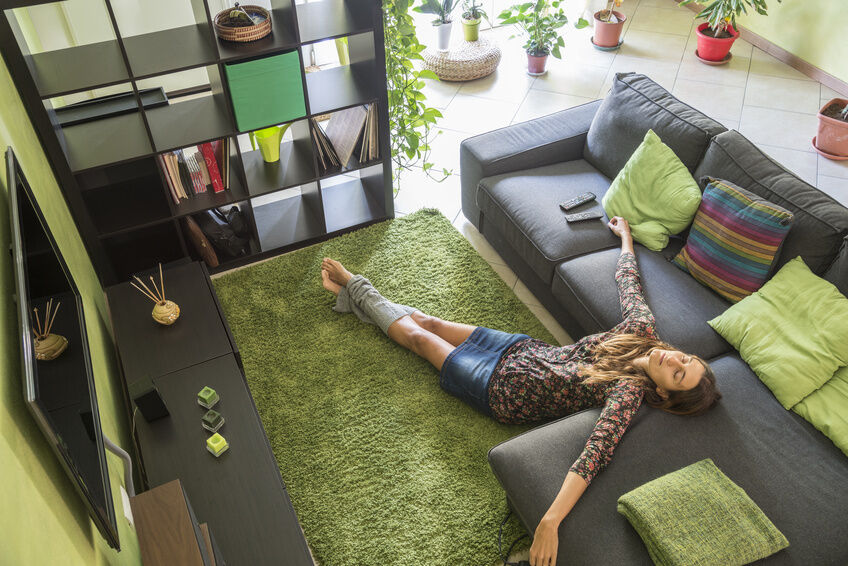 How to Choose a Throw Rug for Your Living Room