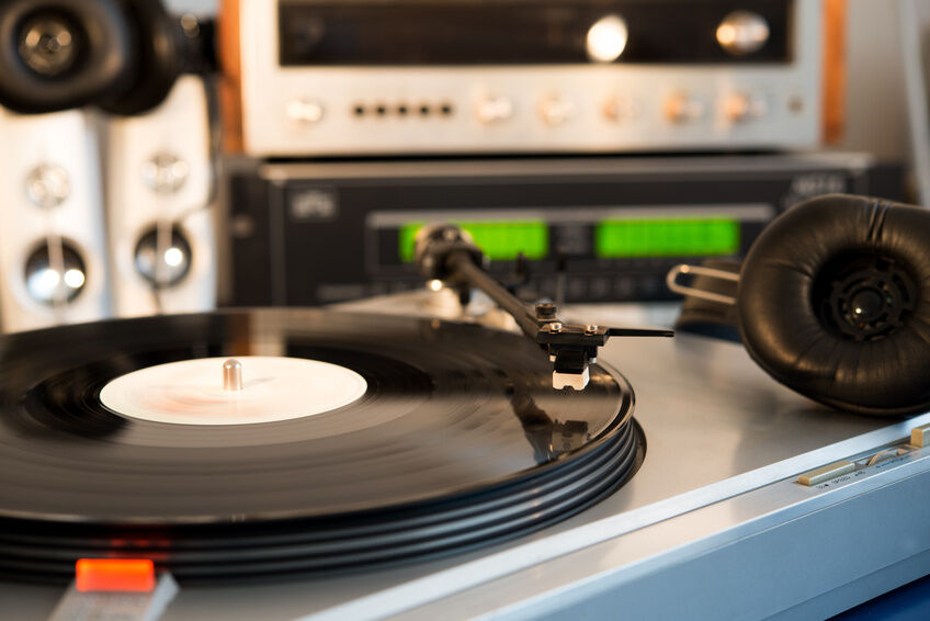 The Definitive Garrard Turntable Buying Guide
