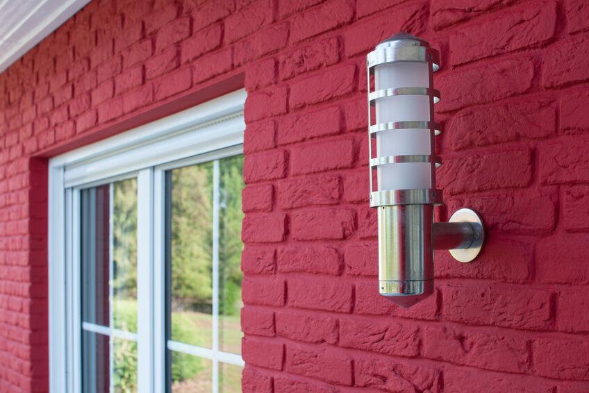 Den Hauseingang sicherer gestalten: Nachtlicht mit Bewegungsmelder