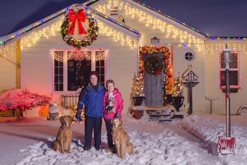 outdoor christmas lighting. best spots to hang outdoor christmas lights lighting