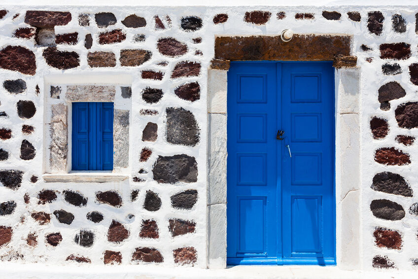 How to Buy a Blue Door for Your Home