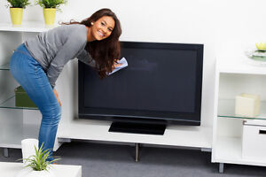 How to Remove Scratches From an LCD TV