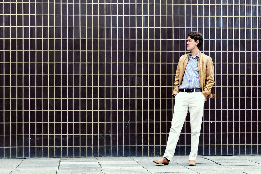 How to Choose Chinos to Flatter Your Body Shape