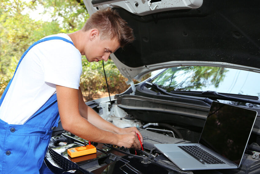 How to Maintain a Vehicle Using Car Diagnostic Equipment