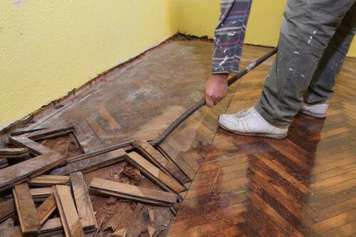 How to Repair Parquet Flooring