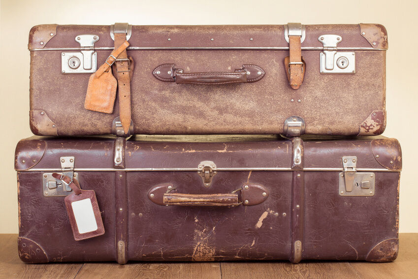 Under the Bed: Selling Luggage and Storage Containers Online | eBay