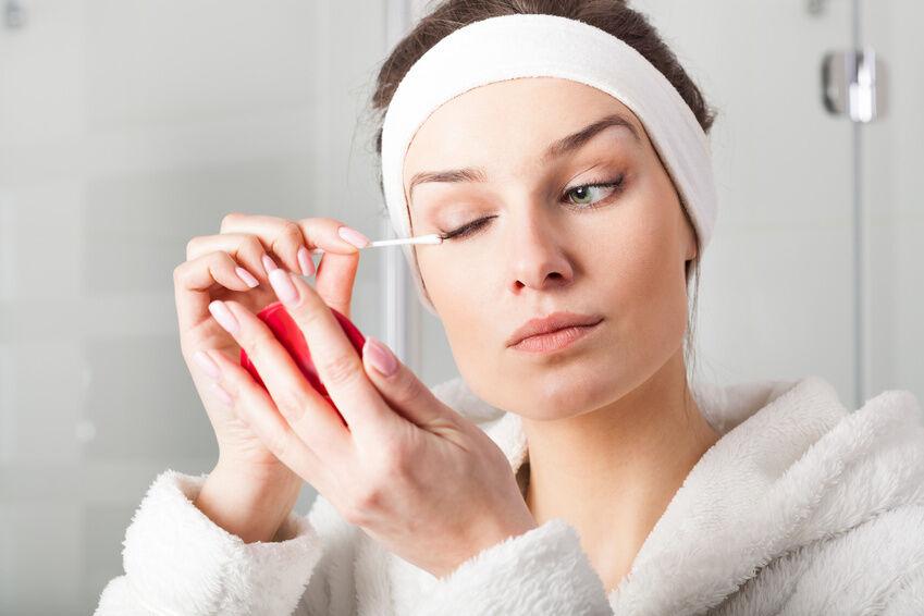 Sanft und gründlich: So entfernen Sie wasserfestes Augen-Make-up