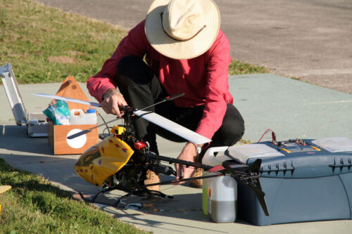 How to Fix a Radio Control Helicopter