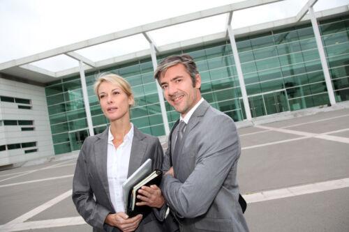 Ratgeber für die Beauftragung von Dienstleistungen im Bereich Messebau & Messeorganisation