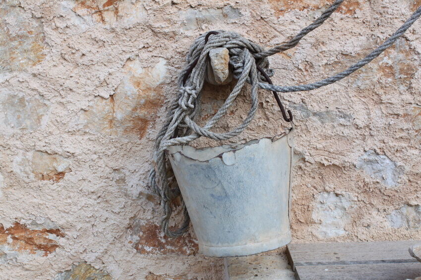 How to Refurbish a Rusted Bucket