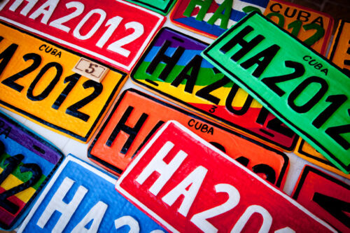 Buying Number Plates and Surrounds That Conform to Legal Requirements