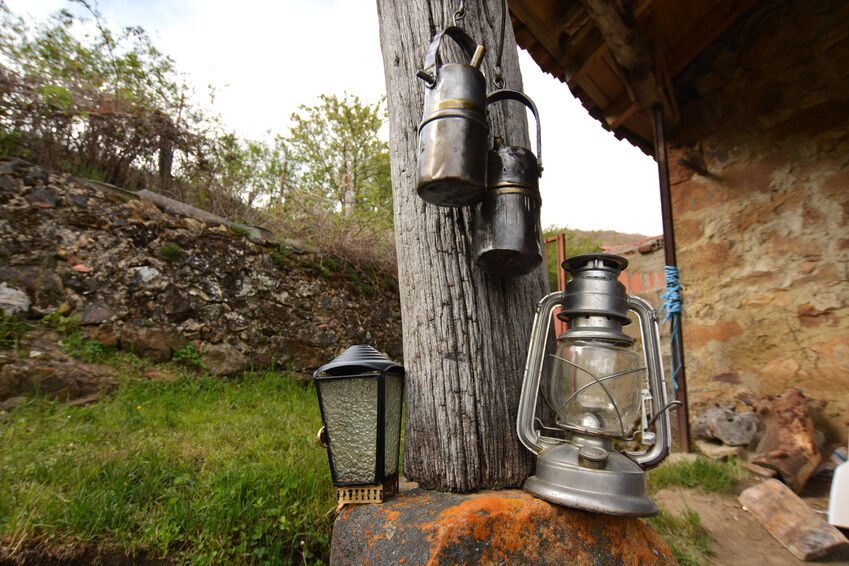 Top 3 Features to Look for in Oil Lamps