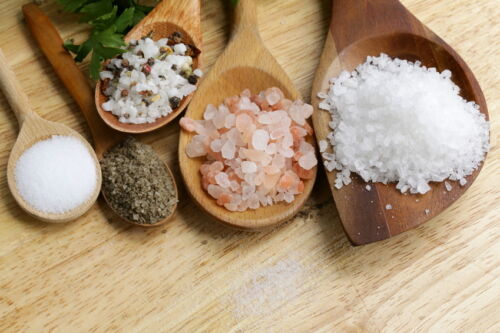 Kauftipps für Gewürze: Die beliebtesten Salz-Sorten und wann man sie wie verwendet