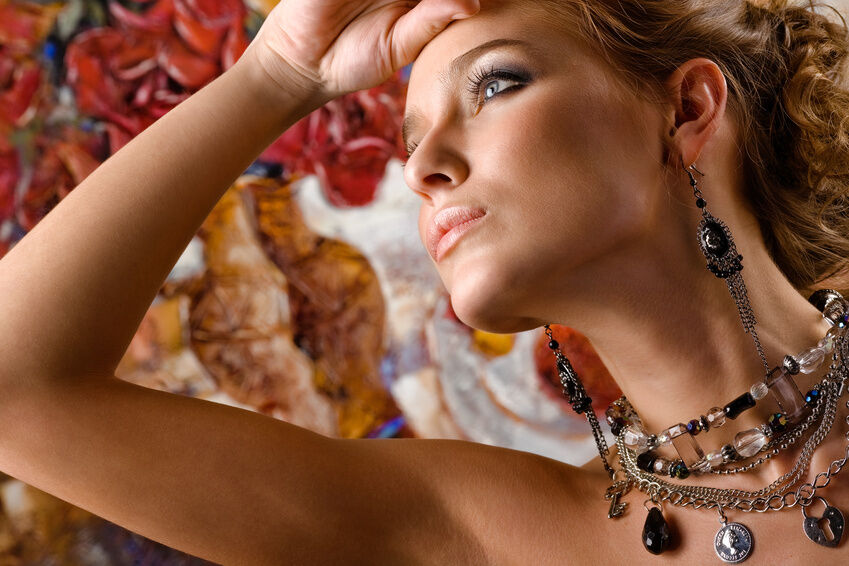 Integrating Antique Necklaces with Your Jewellery collection