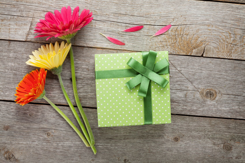 Top 3 Ways to Add Designs to Gifts with Ribbons