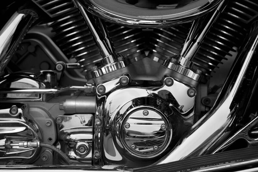 Your Guide to Buying Suzuki Motorcycle Engine Parts