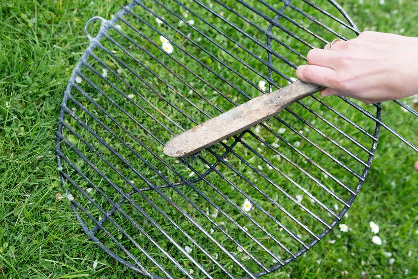 3 Tipps zur fachgerechten Reinigung von Edelstahl-Gasgrills