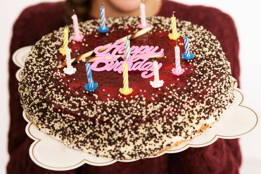 Your Guide to Buying Birthday Cake Toppers